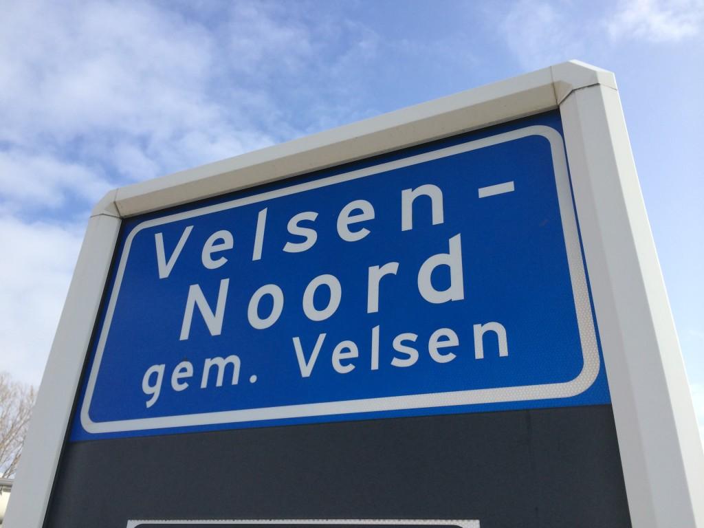 Man rijdt in op man tijdens ruzie Velsen-Noord - RTV SeaportRTV ...