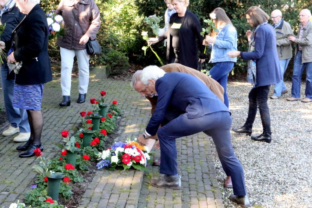 2018-05-04 Dodenherdenking Hoogovens Velsen Nrd - 10