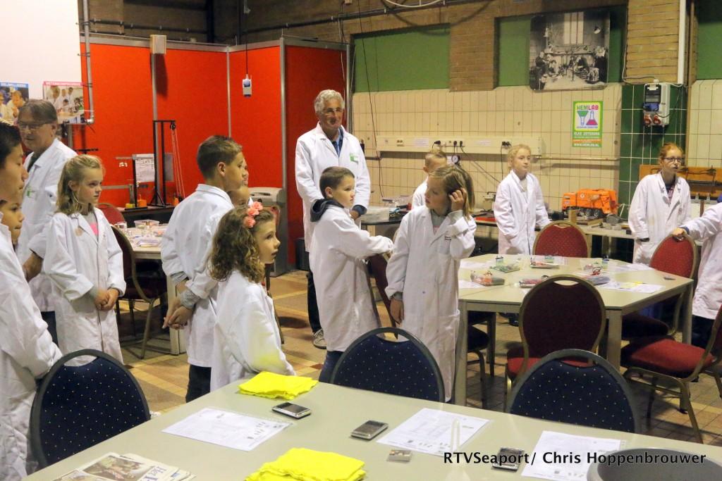 2018-10-24 Kinderen ontdekken laboratorium Hoogovenmuseum - 3