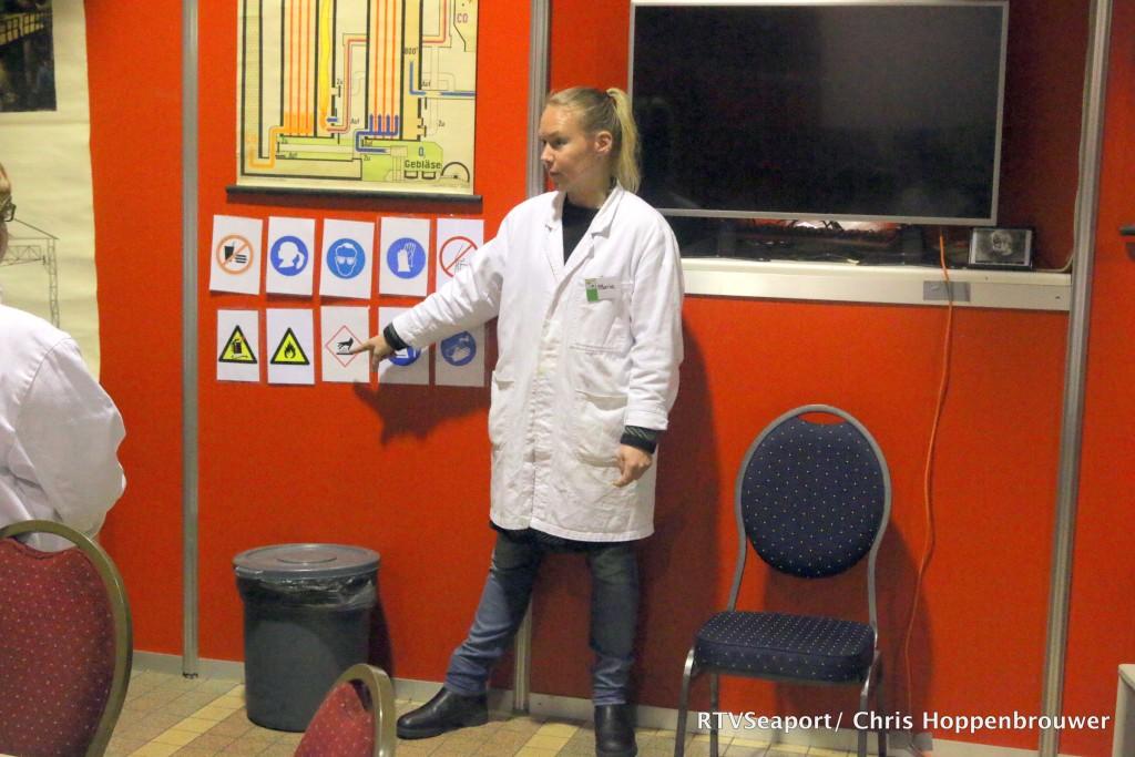 2018-10-24 Kinderen ontdekken laboratorium Hoogovenmuseum - 4