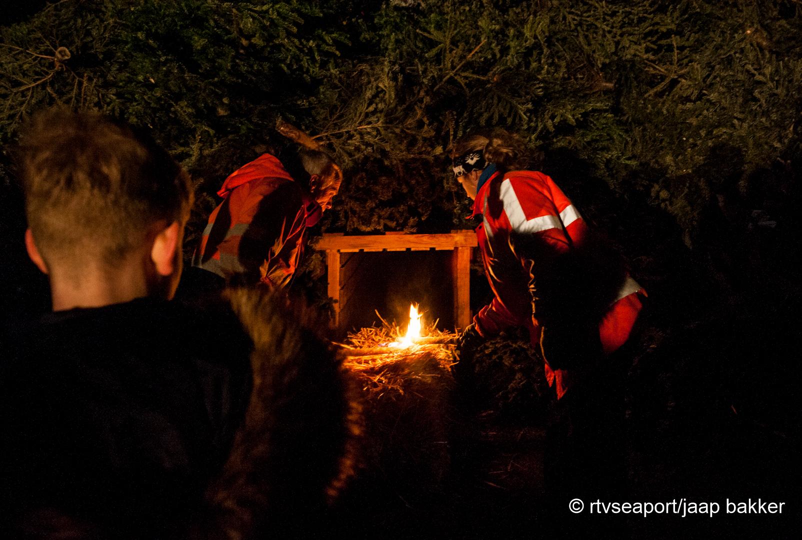 Kerstboomverbranding Velsen (6)