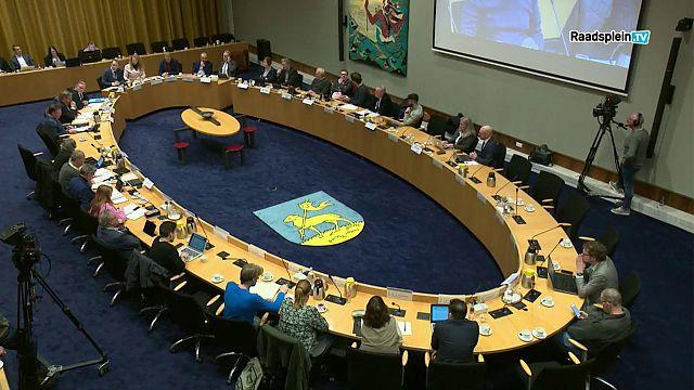 Raad 28-11 geheel of in samenvatting terugkijken