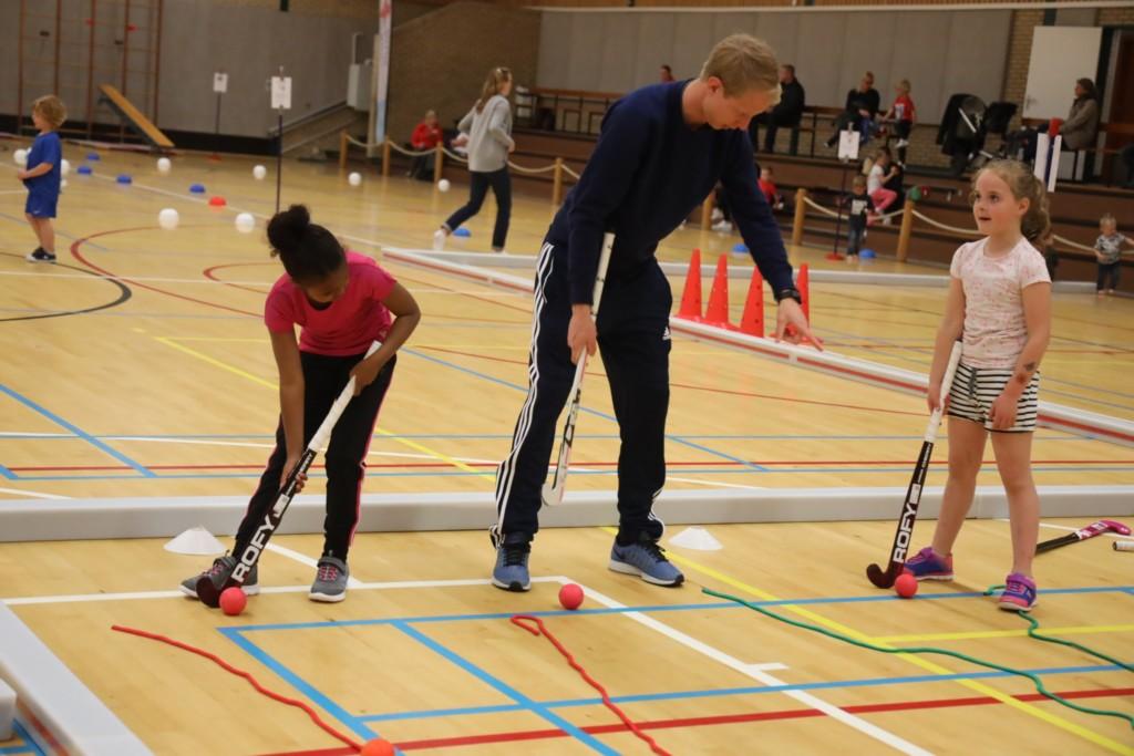 2019-04-30 Groep 1-3 sportmix Sporthal IJmuiden - 00012